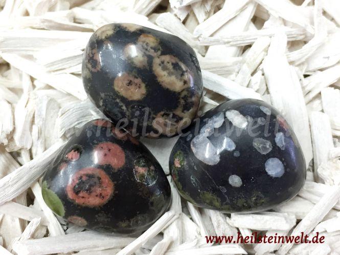 heilsteinwelt regenbogen basalt trommelstein heilsteine kaufen edelsteine trommelsteine. Black Bedroom Furniture Sets. Home Design Ideas