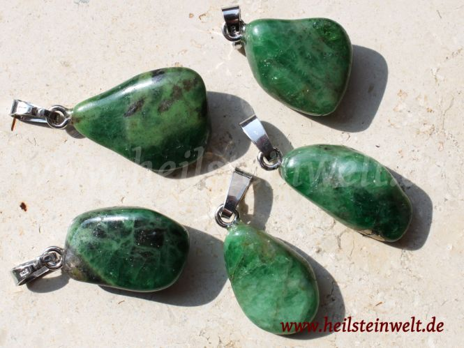 Granat Tsavorit Anhänger mit Silberöse