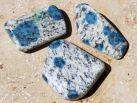 Azurit in Granit (K2 Stein) Trommelstein